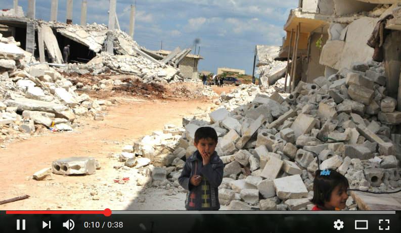 3 millones de niños y niñas menores de seis años sólo han podido soplar las velas de la guerra. Ya es hora de que puedan mirar el mundo desde otra perspectiva.