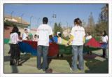 Los voluntarios de Cruz Roja Juventud son los encargados de realizar las actividades en las Escuelas de Verano.