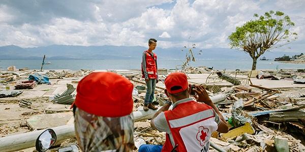 AYUDA VICTIMAS TSUNAMI INDONESIA